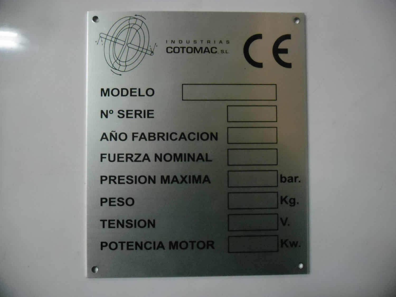 Grafimetal - Placas de características